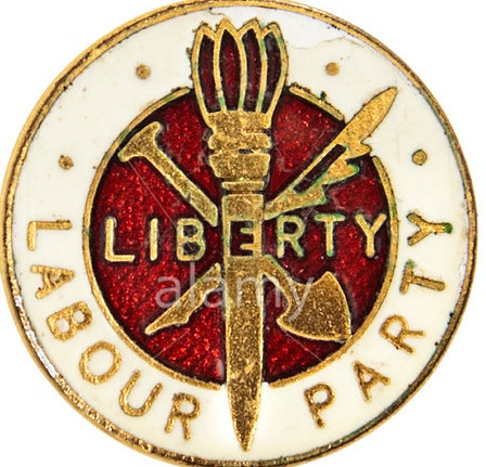 CX4JE5 Rare 1940's vintage UK Labour Party enamel badge, featuring the Liberty logo which was used until 1983